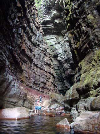 Resultado de imagen para cuevas kavac