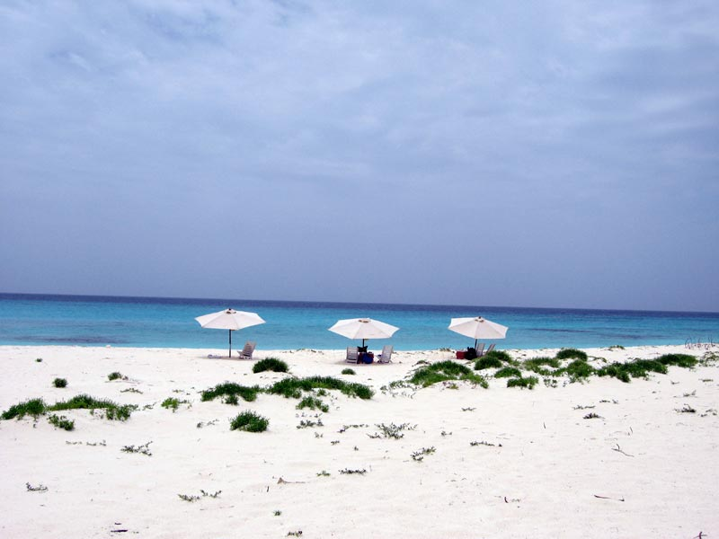 Sun protection in Los Roques